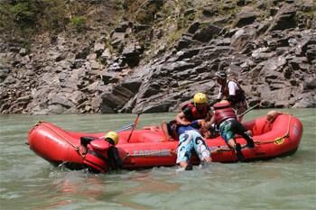 India: Rafting through Devprayag, Kaudiyala and Shivpuri