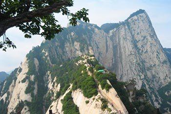Hua Shan: The Most Dangerous Mountain in China