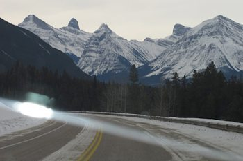 The Icefields Parkway links Jasper to Banff