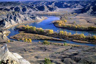 The pretty Missouri river