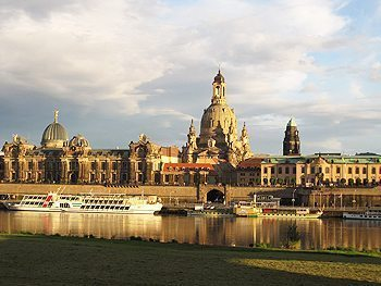 Frauenkirche on the Dresden skyline. photos by Simon Glasscock.