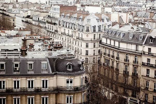 Paris: Squatting for Free All over the City - GoNOMAD Travel