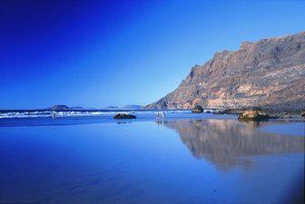 The cliffs at Famara Beach, Lanzarote, Canary Islands. photos by Jill Franz.