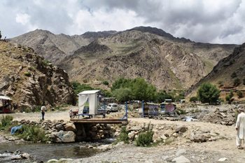 Mountains and stream in Paghman, Afghanistan. photos by Jassimine Tabibi.