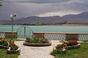 Qargha Lake from the Spojmai Hotel.