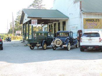 Harold's Country Club, in the olden days. photo: Joyce Bunton