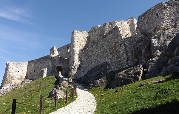 "Slovakia tries to shake off the underdog label and join its neighbors in luring tourists to a ""Capital of Culture"" in Košice. Spic Castle"