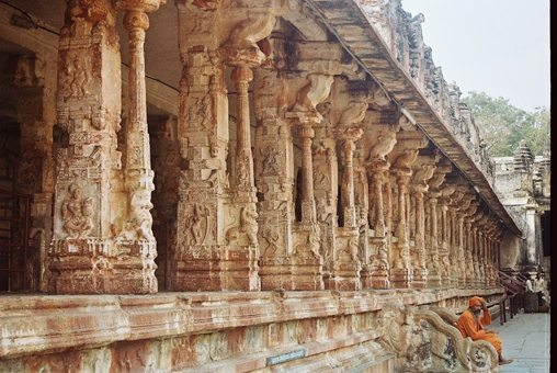 700-year-old-temple virupaksha