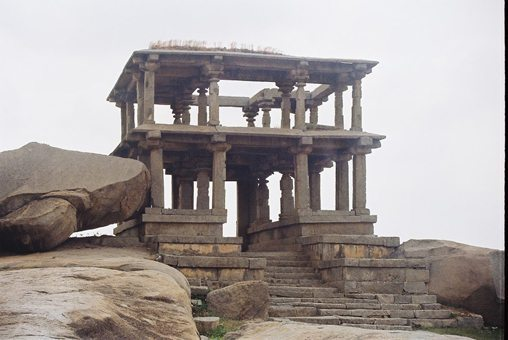 ancient-temple in Hampi