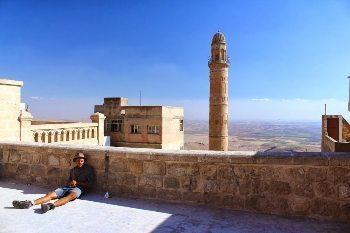 Kurdistan: Crossing a War Zone
