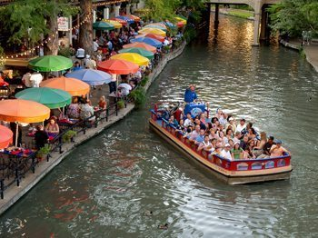 River Walk in San Antonio. Al Rendon photo.