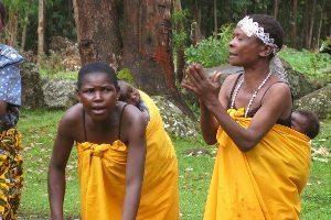 Batwa moms performing.