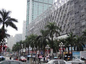 Shopping mecca at Hua Giang North street.