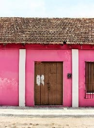 Pink walls and tiles all the way. Marseilles Alan Pfeiffer photo.
