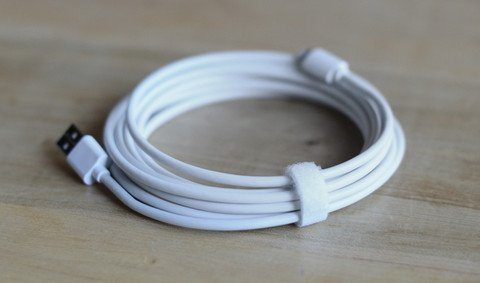 The Kero Lasso Cable is provides comfortable, convenient charging anywhere.