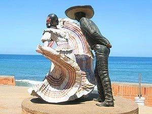 Statues on Puerto Vallarta's famous beachfront stroll, the Malecon. Kathryn di Silva photo.