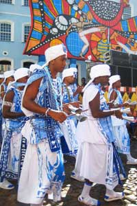 The Filhos de Gandhi, a Carnaval group in Salvador, Brazil, dedicated to Mahatma Gandhi - photos by Isadora Dunne Read more at https://www.gonomad.com/1144-salvador-brazil-carnaval-and-capoeira#2GzeBE1H1XTY7jpq.99