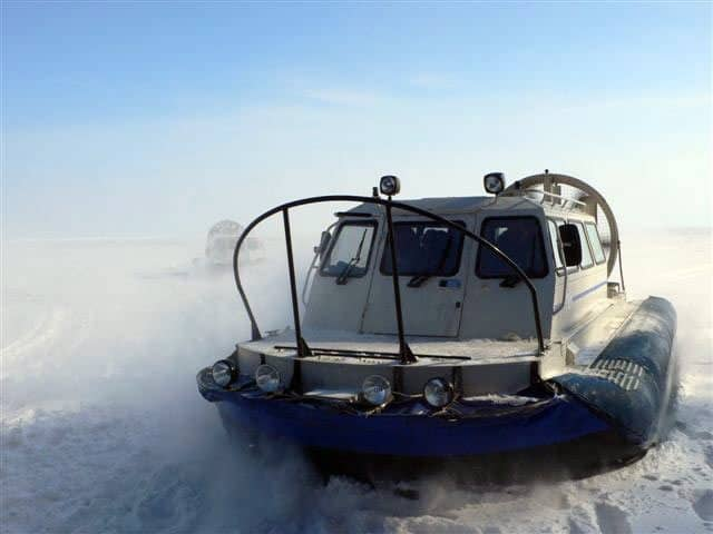 Take a hovercraft across Lake Baikal. MIRs photos.