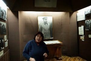 The tour guide had a memorized script detailed Stalin's life history with little emotion.