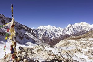 Trekkers pass four frozen lakes before the final steep climb to Larkya La © Kelly Randell