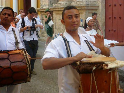 Street musicians in Cartagena.