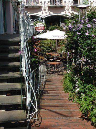 Rosen Garten cafe in the Rosehofe.