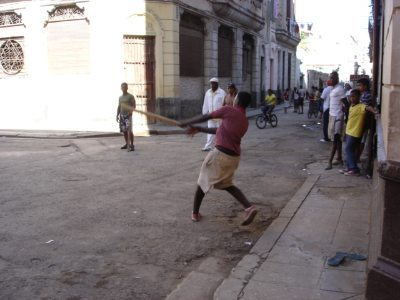 Havana street life. Alex Hill photos.