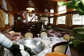 Inside the barge. Jacqueline Harmon Butler photos.