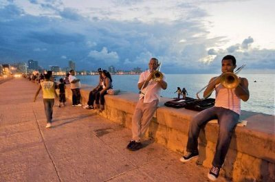 Cuba: A Band of Musicians Shares the Night