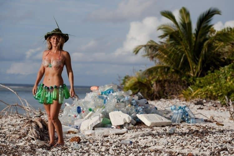 Maldives: Cleaning up Paradise