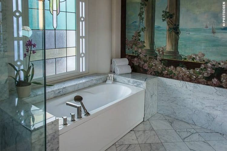 One of Casa Gangotena's luxurious bathrooms.