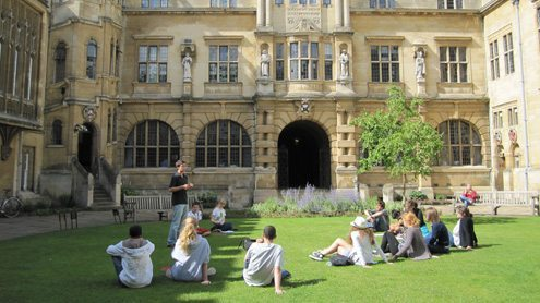 Spend a week studying at Oxford this summer!