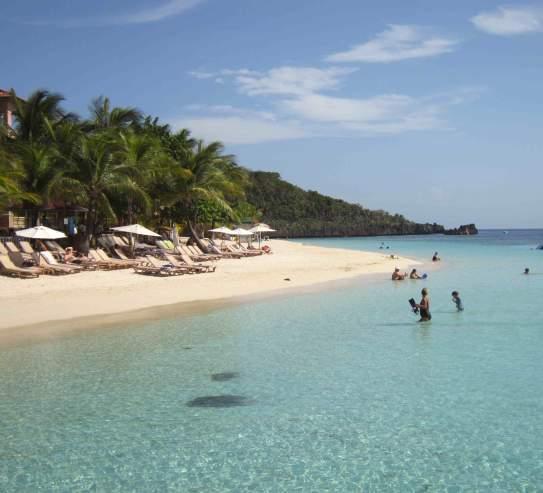 A beach in Roatan, Honduras. Ted Campbell photos.