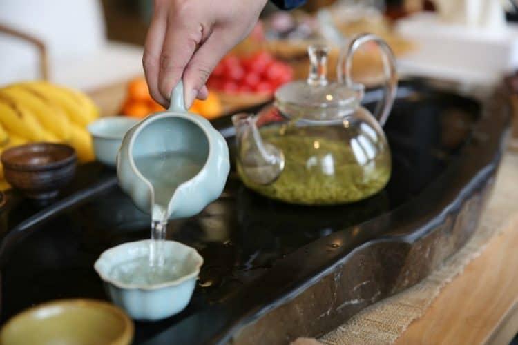Pouring Biluochun tea