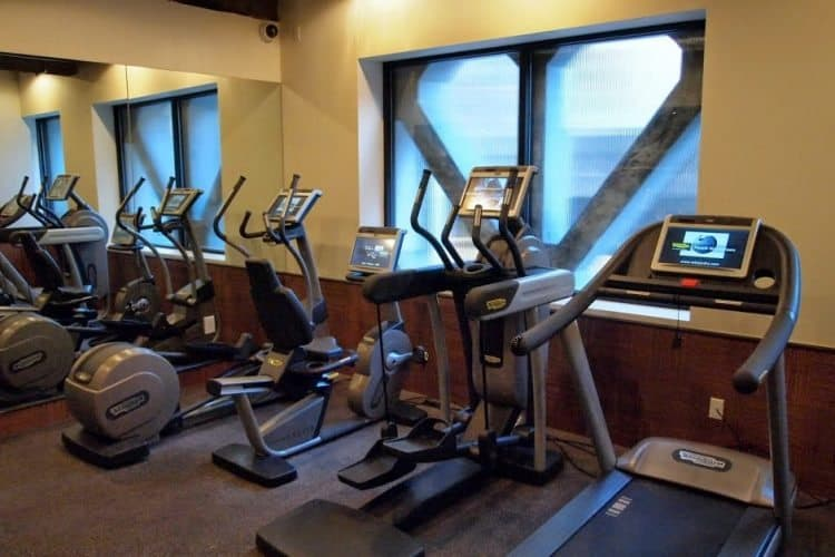 The compact but efficient fitness center at the Hotel G.