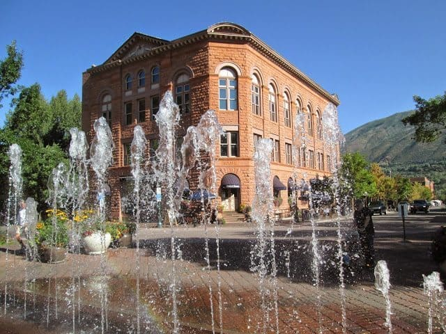 The Wheeler Opera House in Aspen, in front of the fountains.