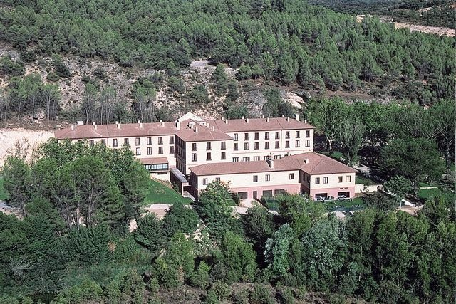 Hotel and Balneario Carlos III in Trillo Spain, featuring natural hot springs to bathe in.