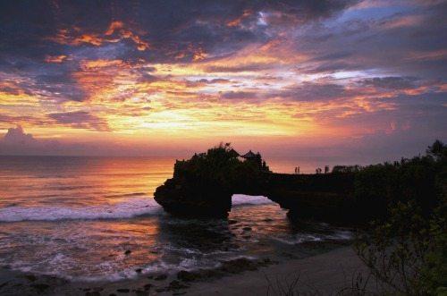 Tanah Lot Temple. Bee Go Bali photo.