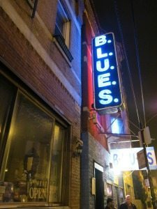BLUES club in Chi-town.