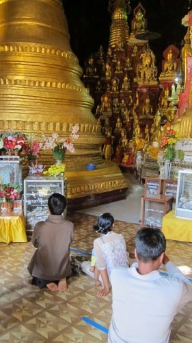 Buddhists inside Pindaya