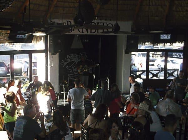 Inside of Bonitos.