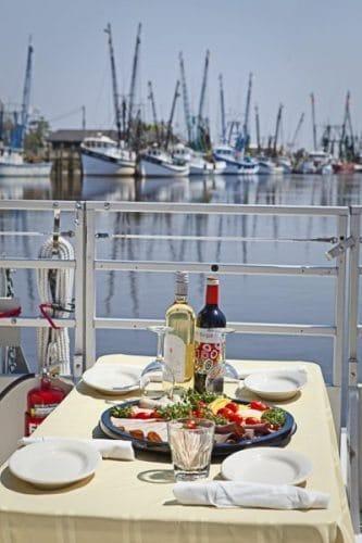 Darien wine cruise