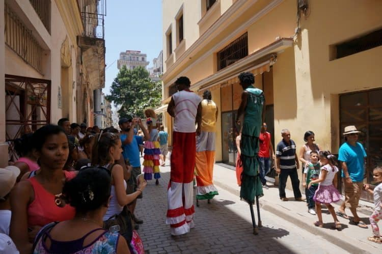 The Streets of Havana are a Circus