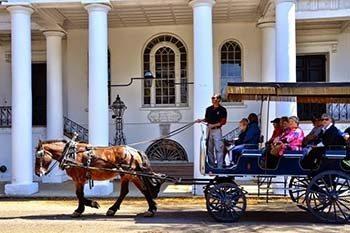 Charleston's 19 Broad Street: Where It's At