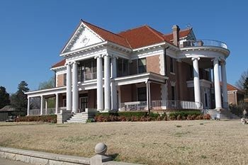 Oklahoma: Oil Magnates and Mansions