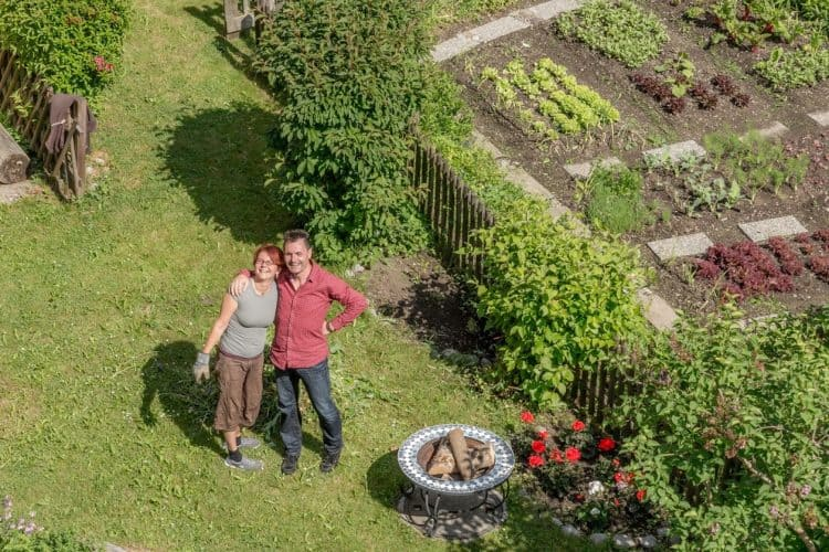 Daniel and Susanne in Garden of the Hotel Edelweiss.