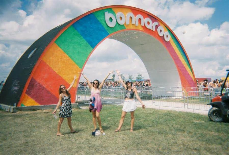 The famous Bonnaroo arch. Danielle Aihini photos.