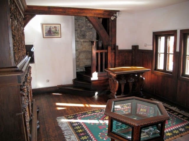 Furnishings at Bran Castle in Transylvania help to tell the stories of Romanian royals who restored the 14th-century castle and made it one of their residences in the 1920s and 30s. The castle is still owned by their descendants.