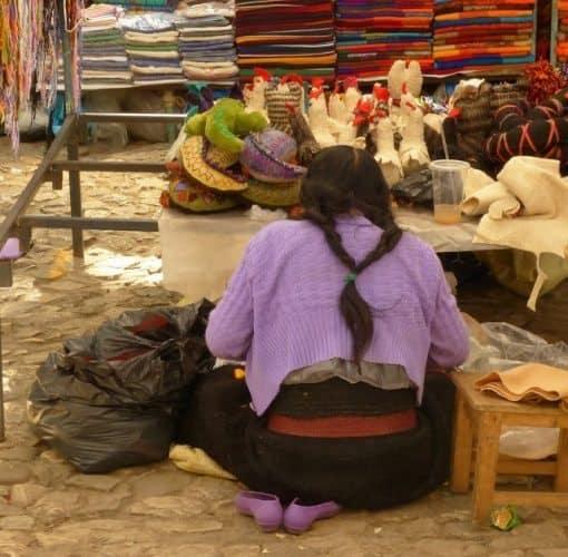 Artisan at Mercado de Artesanias de Santo Domingo
