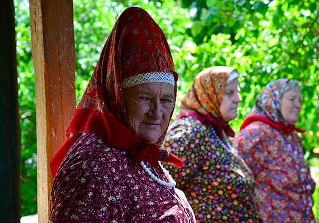 Folk customs and traditions are part of everyday life on the island of Kihnu. Women play a key role in preserving the culture. LINK: http://www.visitestonia.com/en/holiday-destinations/the-islands/kihnu-island